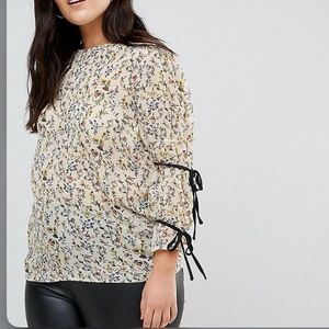 Fashion union floral top